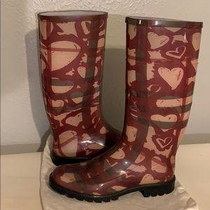 Burberry heart rain boots